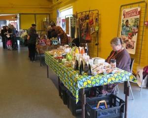 Stand Artisans du Monde : produits du commerce équitable